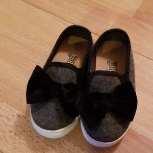 Toddler size 5 shoes